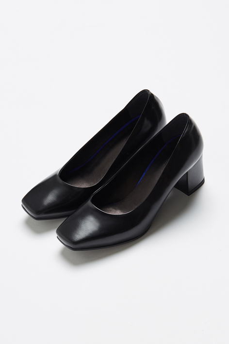 16FW METALLIC PUMPS (BLACK)